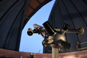 different kinds of telescopes