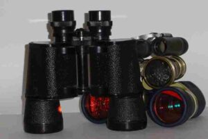 binoculars housing